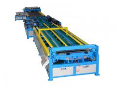 Duct fabrication machinery